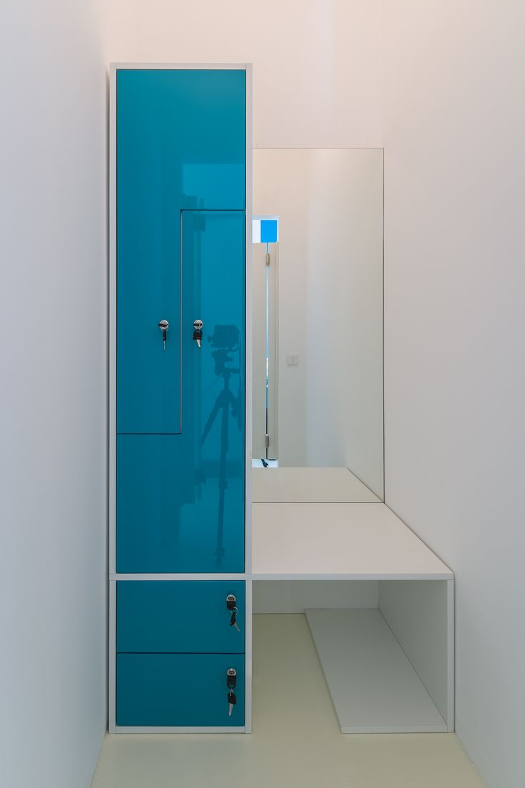 changing room from glossy blue MDF, melaminated PAL bench orders/price offers at: office@liniafurniture.ro