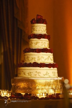 burgundy black and gold wedding cakes 13 best images about burgundy amp gold on gold 12233