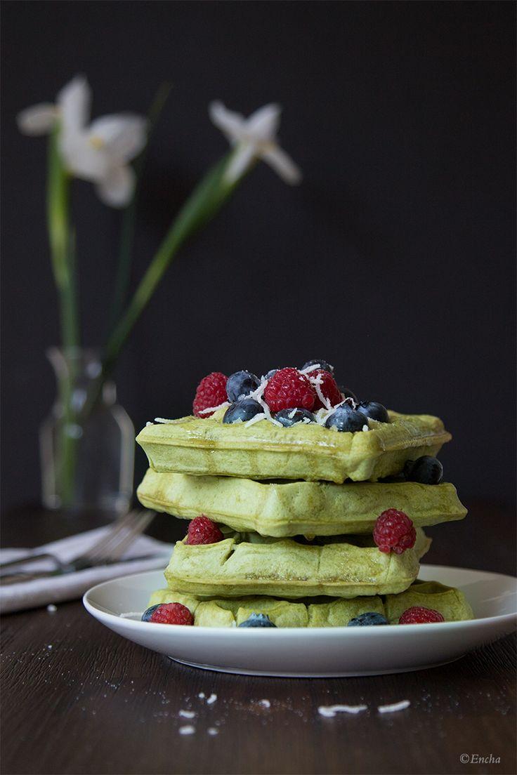 Matcha Waffle: Vegan gluten-free coconut oil Encha organic matcha waffle recipe
