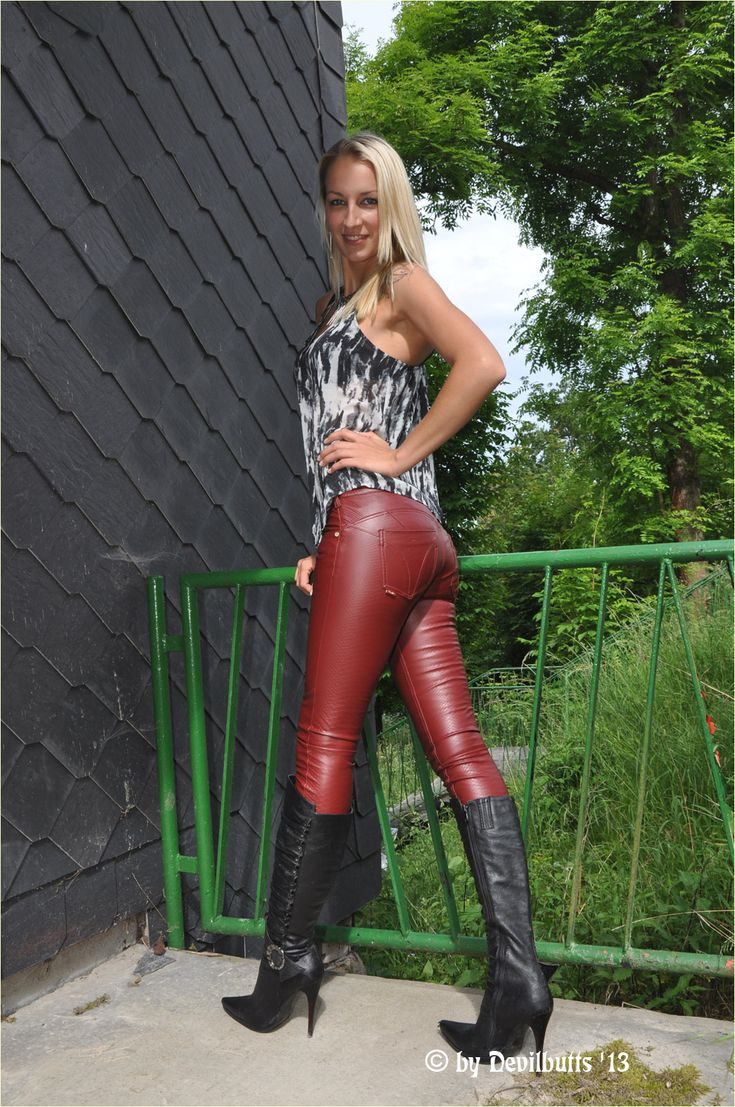 parkplatzsex in nrw latex leggings tumblr