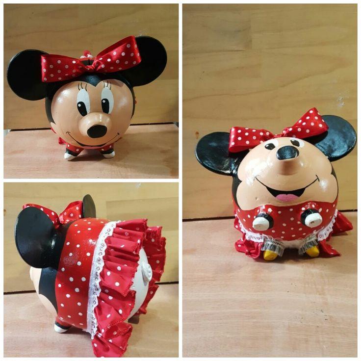 Alcancia Minnie Mouse  https://www.facebook.com/kochicr/