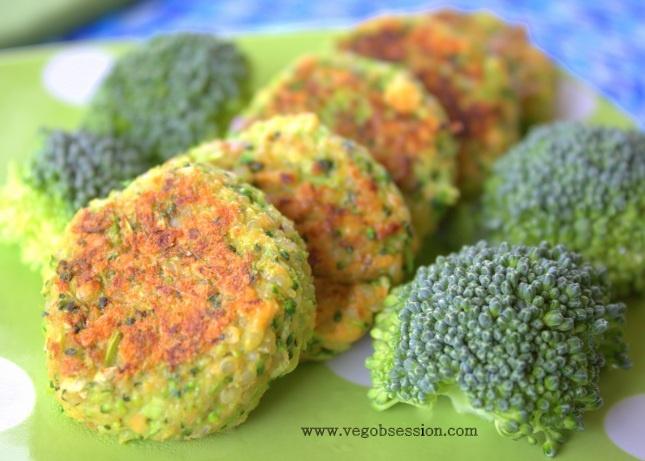 Cheesy Broccoli Quinoa Bites (Vegan)