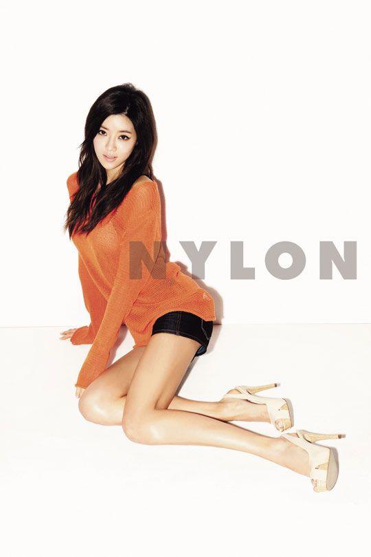 Nylon 한국 2012년 4월 (박한별)