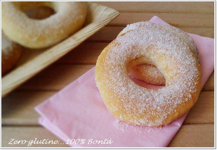 Le Ciambelle al forno senza glutine,sono perfette per la colazione o per merenda,e con il medesimo impasto potete realizzare anche le Brioche soffici senza