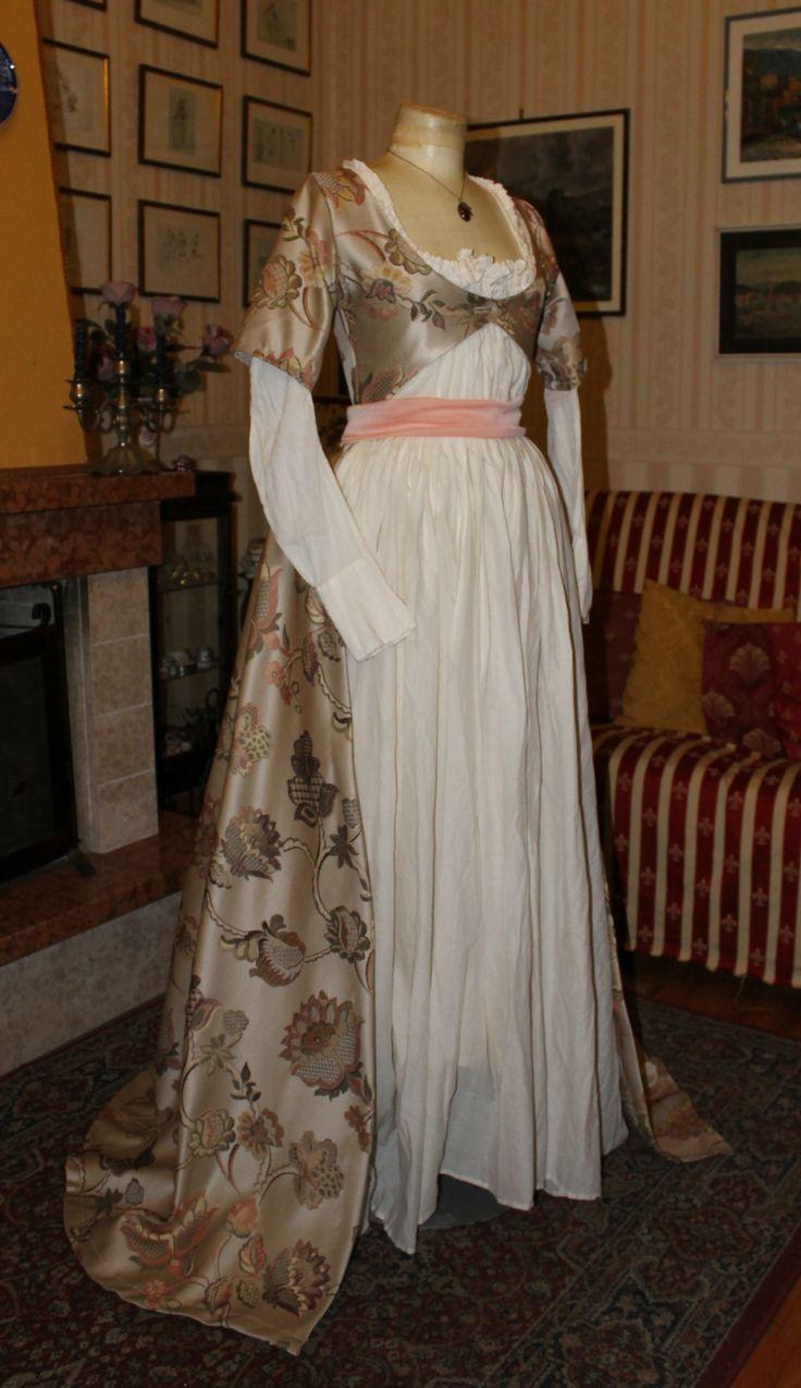 """Abito storico femminile 1700 """"Chemise a la reine"""""""