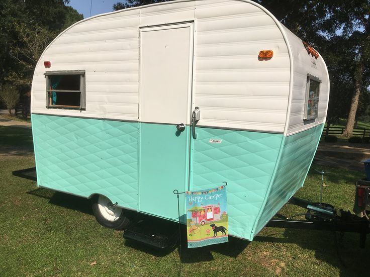 Vintage Camper Trailers For Sale - 1964 Arrow Little Chief For Sale. Located in Ocean Springs MS