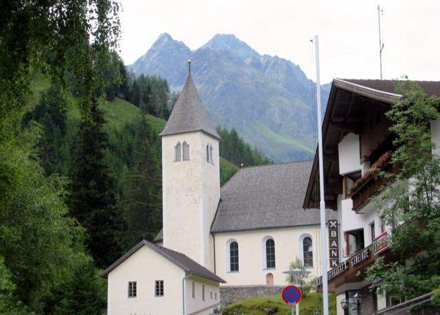 St. Leonhard im Pitztal, Pfarrkirche Hl. Leonhard (Imst) Tirol AUT