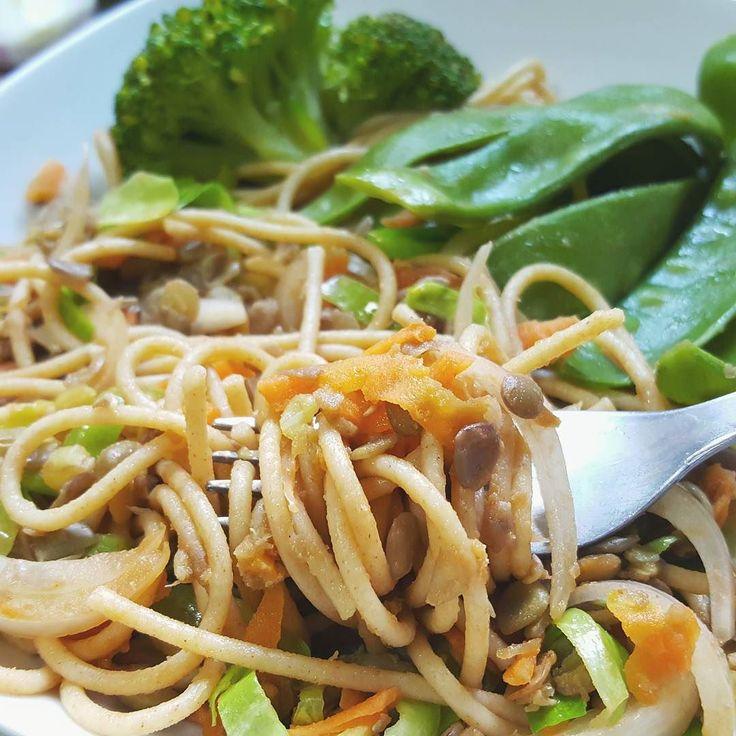 Nova receita no blog! Link na bio! - New recipe on the blog! Link on bio!  #vegan #veganfood #vegansofig  #vegetarian #pasta #healthy #vegano #vegetariano #saudavel