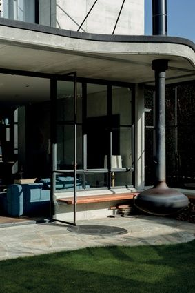 house by Ross Brown in Ponsonby | outdoor fire
