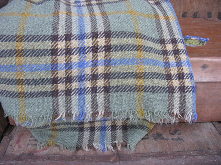 Picnic Rug, Vintage Picnic, Wool Blanket, Vintage Blanket, Vintage Throw, Travel Rug, Checked Blanket, Checked Throw, Checked Throw, Tartan by MissieMooVintageRoom on Etsy