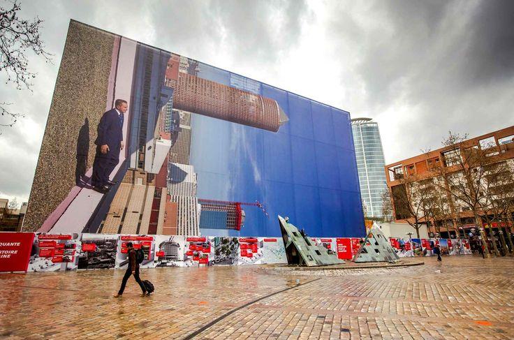 Une photographie de 45 mètres sur 25 de l'artistePhilippe Rametteest installée à Lyon devant la gare de la Part-Dieu pendant les rénovations, le 29 mars.