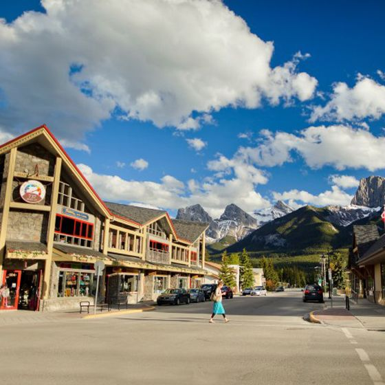5 Family Hot Spots in Canmore | 5 Family Hot Spots in Canmore - Located less than an hour away from Calgary, many folks consider Canmore an extension of their own backyard. That's why we've rounded up five of our favourite hot spots for families in this groovy mountain village.