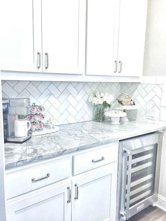 The Backsplash Is Daltile M313 Contempo White Marble 3 6 Tile Laid