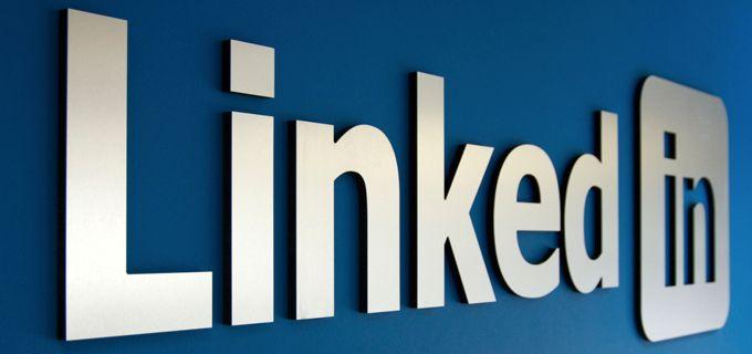 #SocialMediaTraining: Nella pianificazione di una strategia di #SocialMediaMarketing per la propria azienda, bisogna tener presente che #LinkedIn non è un social media come tutti gli altri. → http://mistermedia.it/social-media-training-aziendale-proiettarsi-su-linkedin-per-ingrandire-il-proprio-business/