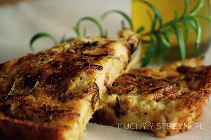 Farinata - bezglutenowy i bezmleczny placek z mąki z ciecierzycy