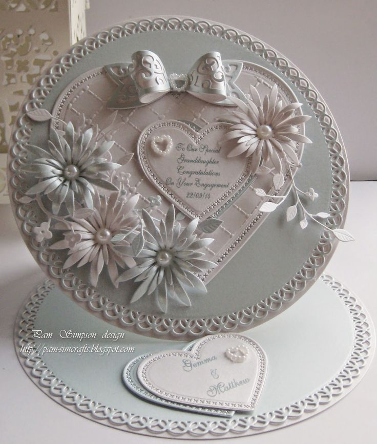pamscrafts - Heartfelt Creations' Delicate Asters