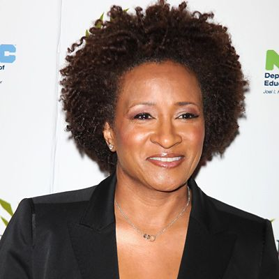 "Wanda Sykes - Survivor  The comedienne discovered she had ""stage-zero"" breast cancer during a follow-up to her breast reduction surgery. Since she had a history of cancer on her mother's side of the family, Sykes, 47, decided to have a preventive double mastectomy. ""I had both breasts removed, because now I have zero chance of having breast cancer,"" she explained on The Ellen Degeneres Show."
