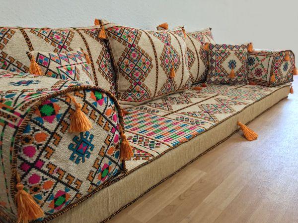 Orientalische Sitzecken Orient Designs Das Original In 2020 Orientalische Sitzecke Sitzecke Orientalisches Sofa