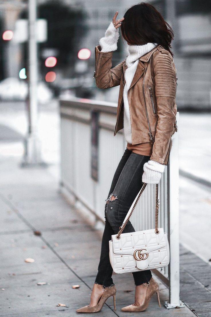 #turtleneck #sweater #knit #wardrobestaples #styling #style #personalstyling #elishacasagrande