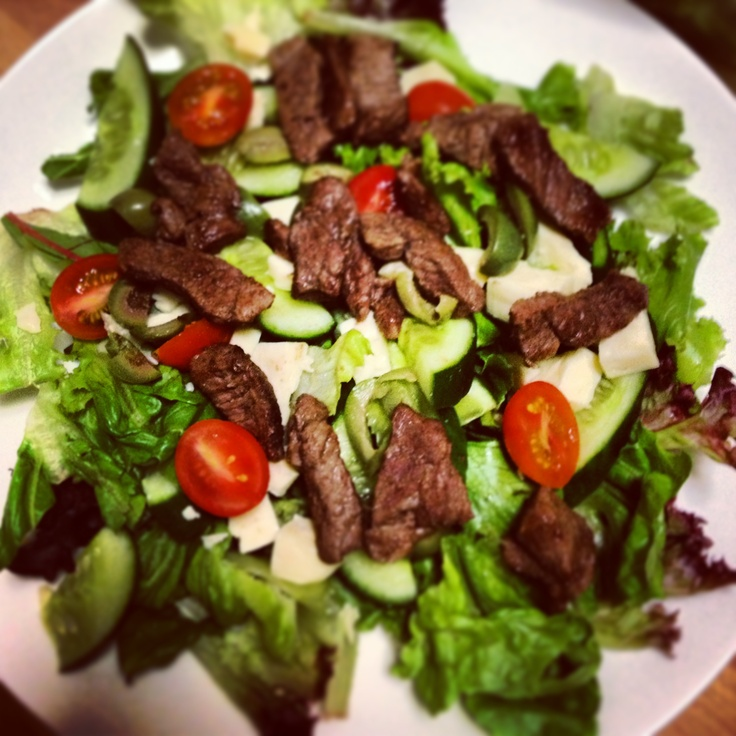 Michelle Bridges Greek Lamb Salad - delicious lunch! Foods I Love on this 12wbt journey too! http://12wbtmyjourney.blogspot.com.au/