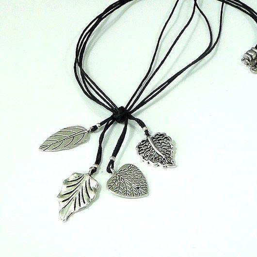 A delicate and charming necklace for a subtle person // Delikatny i uroczy naszyjnik dla subtelnej osoby