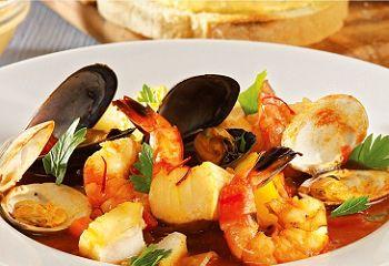 Bouillabaisse et sauce rouille au basilic