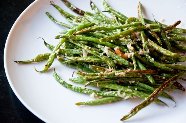 Oven Roasted Garlic Parmesan Green Beans