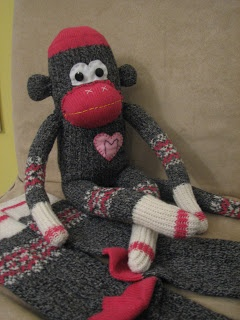 Transformer des chaussettes en singe !  Love sock monkey !