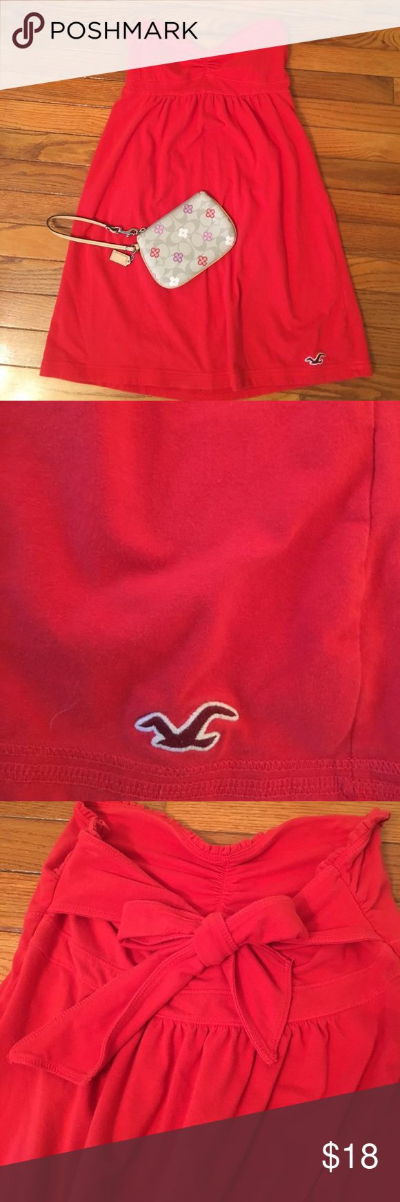 Large Bright Red Strapless Hollister Dress Lightly worn Large Hollister dress! Bow detail on back! Runs small. Perfect for summer! Hollister Dresses Mini