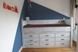 Super ruimtebesparend! Je kast onder je bed! Veel stofvrije bergruimte voor kleding, lego, kuntselspullen,  met al die lades!