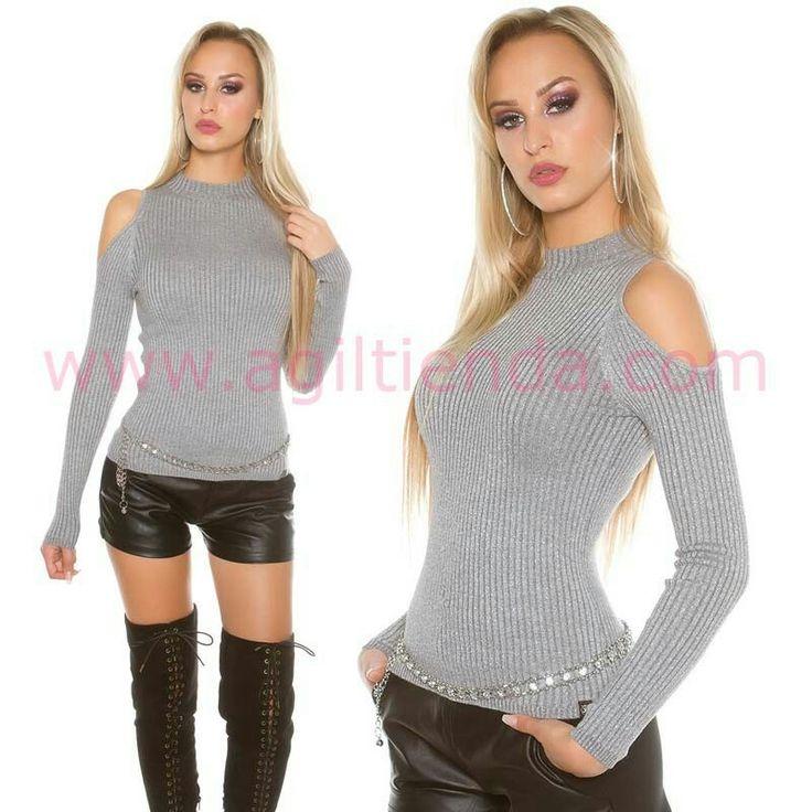 #Original #sueter @mujer #diseño agujero en los hombros con #cuello cerrado y tejido de #puntoelastico y #brillante que #estiliza la figura con #efecto #chic y #sexy para #complementar tu #look diario con aire #joven y #casual en todas las epocas del año. Encuentralo en #jerseys y #camisetas de http://www.agiltienda.com/es/home/2527-sueter-mujer-agujeros-en-hombros.html #shop #online #taradell @agiltienda.es