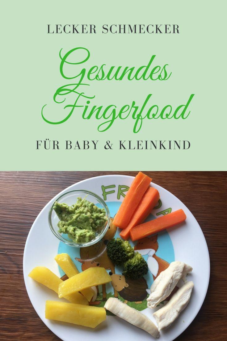 Gemüsesticks aus dem Dampfgarer sind ein tolles erstes Fingerfood für das Baby und schmeckt auch den Großen ganz gut. Weiche Möhre, Pastinake, Kürbis und Kartoffeln eignen sich ganz wunderbar als breifreies Rezept (BLW) ab Beikosteinführung: https://www.breirezept.de/rezept_gemuesesticks_als_fingerfood_fuer_das_baby.html