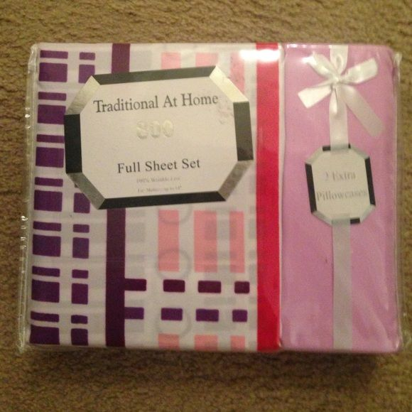 FULL SIZE NEW SHEETS Little girls bed sheet set / One flat, one fitted, and four standard pillow cases. Brand new in package - picture is as shown. Don't ask to take out of package not fair to other potential buyers. I have two available - price is for 1 -Price is firm. Other