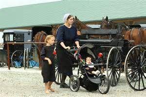 Amish Children by tuffchica
