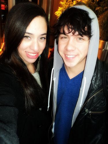 munro chambers dating Franklin frankie chandler is a main character on lockwood frankie is currently dating aria grady frankie, a he is portrayed by munro chambers contents.