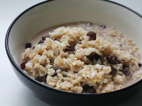 cinnamon raisin brown rice breakfast pudding. very simple - brown rice, almond milk, vanilla, maple syrup, cinnamon and raisins. yum!
