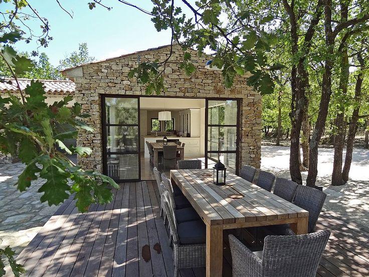 25 best ideas about maison en pierre on pinterest - Belle maison de campagne ...