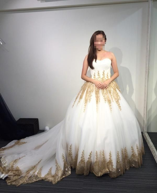 140a1d82d4f Princess Ball Gown Strapless Court Train White Tulle Wedding Dress With Gold  Lace