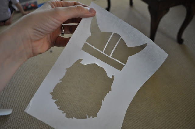 Cutting Freezer Paper with a Silhouette Cutter - have not had success, but will try try again