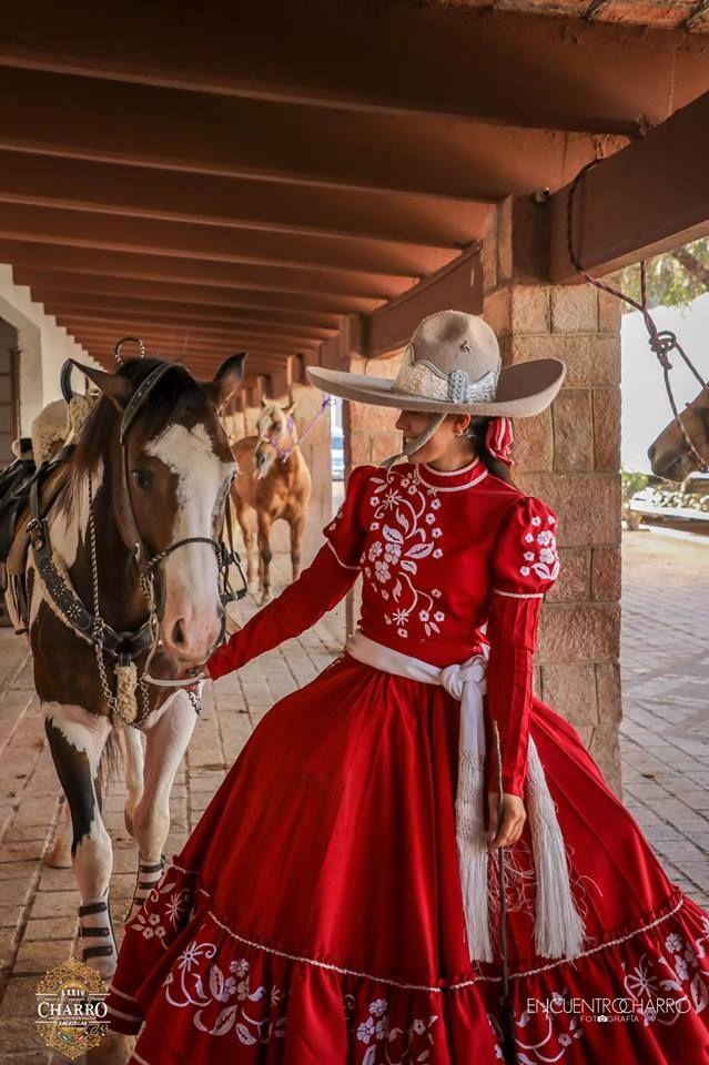 Pin De Zara Brie Rodd En Escaramuza En 2019 Vestidos