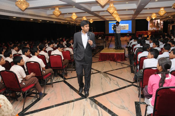 One of the biggest #quizcontest in Mumbai was recently conducted by Mr. Gautam Bose, for Greycells
