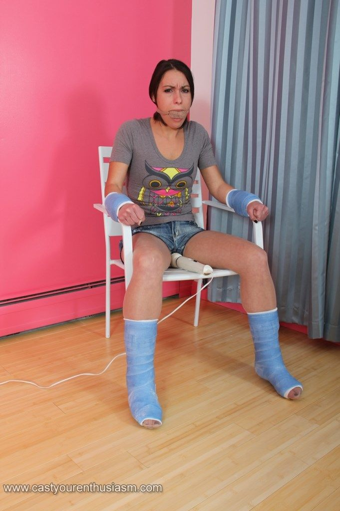 1000 Images About Gips On Pinterest Nice Leg Cast And