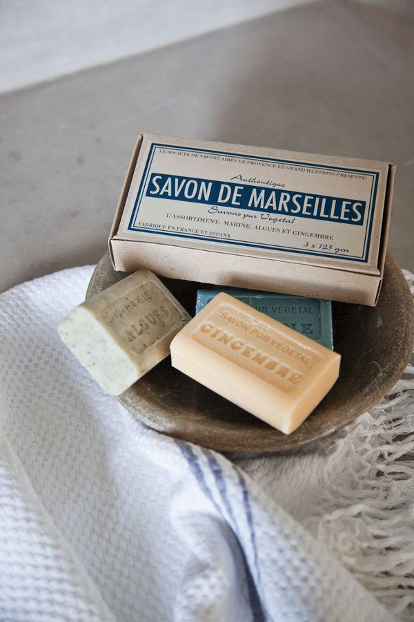 """Savon de """"Marseilles"""" - Marseille avec un s ? C'est quoi cette blague, peuchère ?!?"""