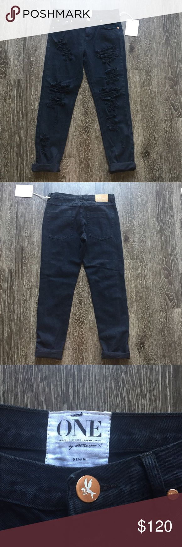 One Teaspoon awesome baggies The best boyfriend jeans you will ever wear! These are a closet staple and are super versatile. Open to reasonable offers :) One Teaspoon Jeans Boyfriend