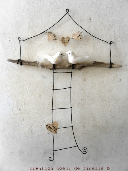 Mobile fil de fer et bois flotté,   création Coeur de ficelle
