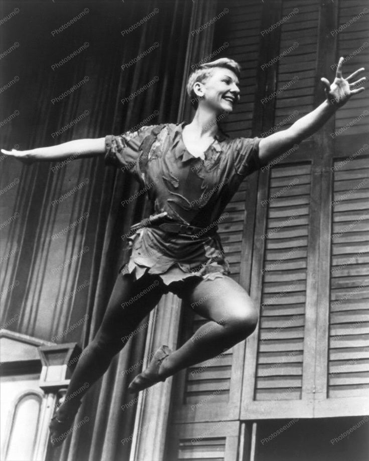 Mary Martin Flys As Peter Pan 1950s 8x10 Reprint Of Old Photo