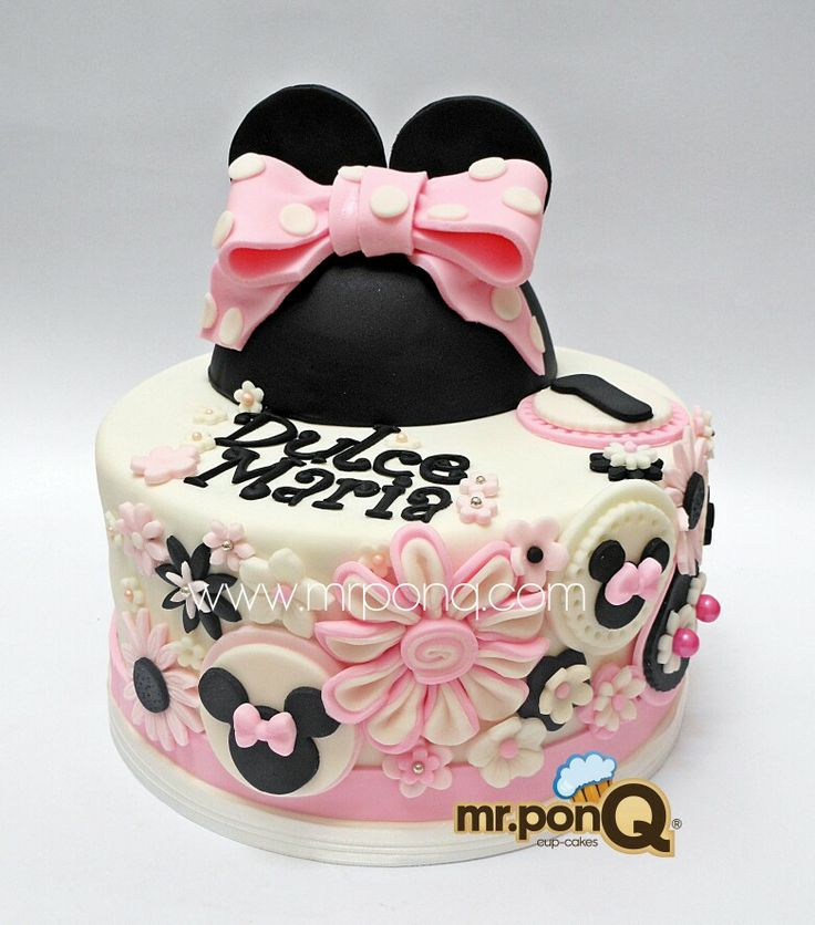 One Tier Minnie Mouse Cake