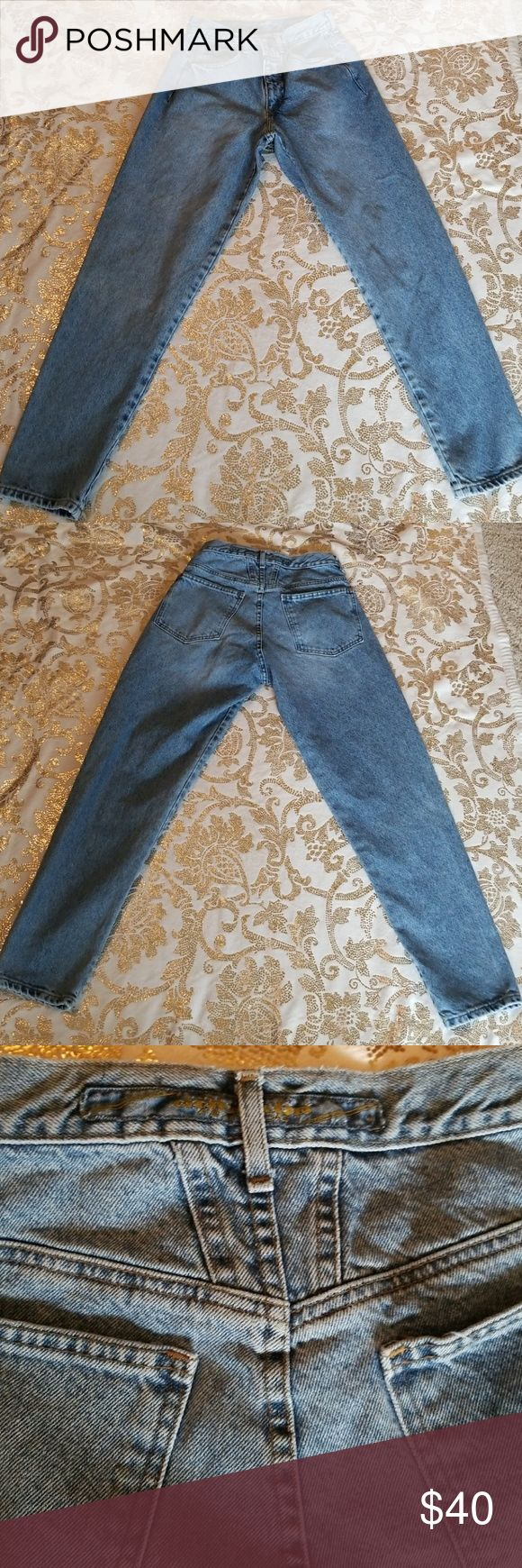 GIRBAUD JEANS VINTAGE 1990S One of the original 1990s jeans. ZIP fly excellent condition. 100% Cotton  Waist circumference 28 Rise 11 Length 38 Inseam 28 Girbaud Jeans