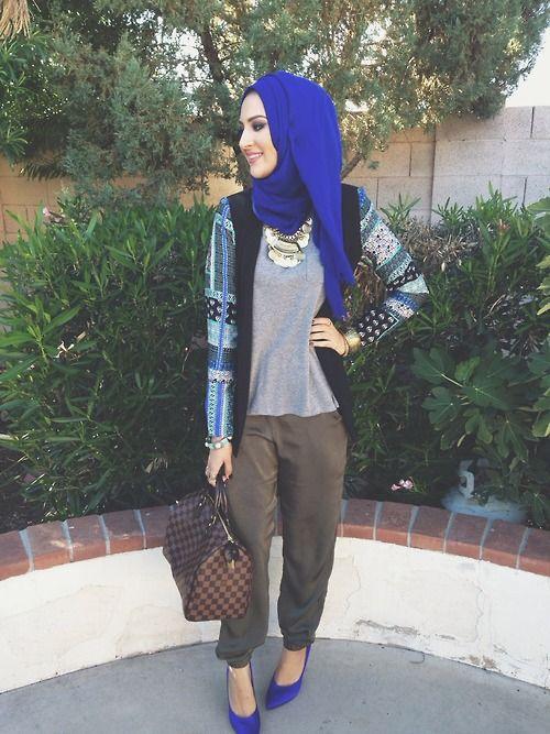 cool and casual, love the jacket! #hijab #hijabi #style #fashion