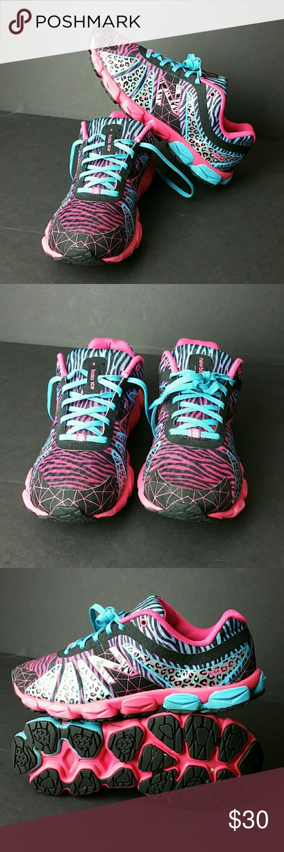 NEW BALANCE 890 GIRLS SHOES IN GOOD CONDITION   GIRLS SIZE 5 BIG KIDS   SKE # PA New Balance Shoes Sneakers